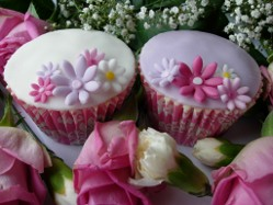 Mothers Day Cupcakes Birmingham